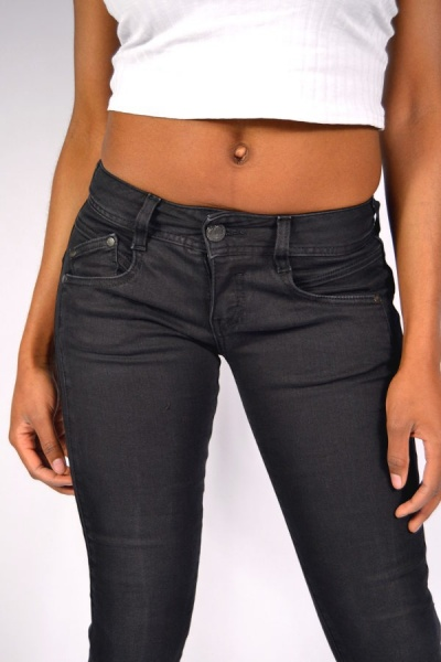 e242a9b59550 Herrlicher GILA Slim Jeans DB840 Tempest Black, 99,90 €